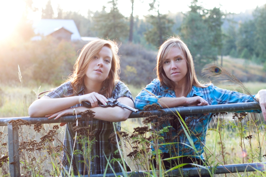 Shannon & Cameron's Session/Loon Lake, WA/Photographer