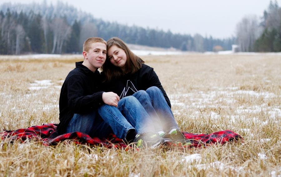 Matthew and Baylee's Valentine Session/Loon Lake Washington/Family Photographer